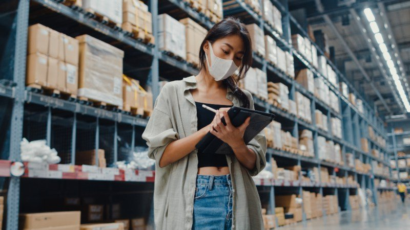 ¿Cuáles son las funciones del supply chain manager?